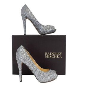 Badgley Mischka metallic peep toe pump